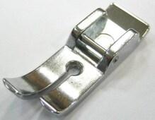 Лапка для шв. маш. прямострочная узкая